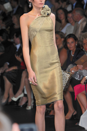 Показ Giorgio Armani Privé коллекции сезона Осень-зима 2009-2010 года haute couture - www.elle.ru - Подиум - фото 87693