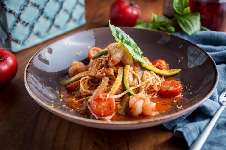 Дело о помидорах: 5 лучших рецептов с главным овощем сезона (фото 13)