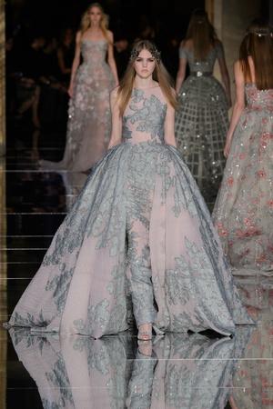 Показ Zuhair Murad коллекции сезона Весна-лето  2016 года Haute couture - www.elle.ru - Подиум - фото 602982