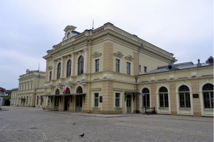 «Жемчужина Пшемысля»: ресторан в здании вокзала в Польше (фото 2)