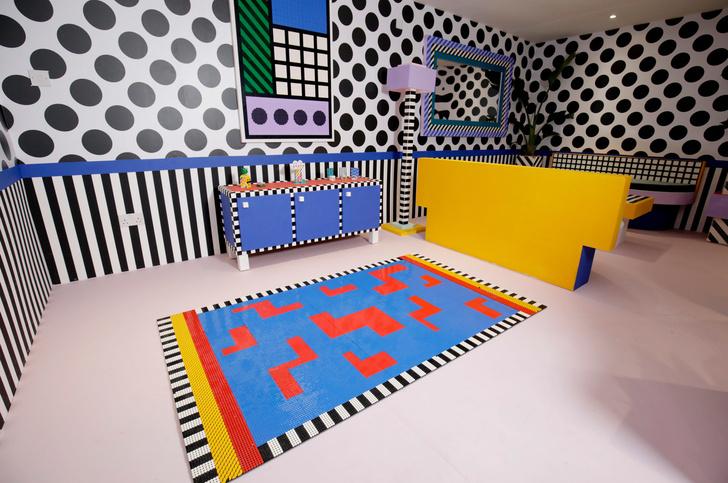 Игрушечный дом с декором из Lego по дизайну Камиллы Валалы (фото 4)