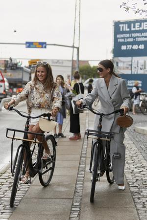 29 лучших стритстайл-образов на Неделе моды в Копенгагене (фото 15.1)