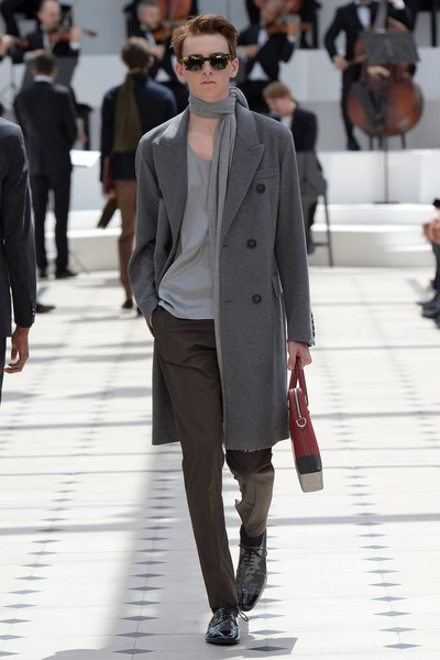 Показ Burberry Prorsum на Неделе мужской моды в Лондоне   галерея [2] фото [32]