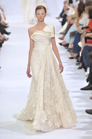 Показ Elie Saab коллекции сезона Осень-зима 2009-2010 года haute couture - www.elle.ru - Подиум - фото 87533