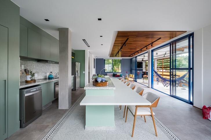 Яркий дом для отдыха на выходных в Сан-Паулу (фото 9)