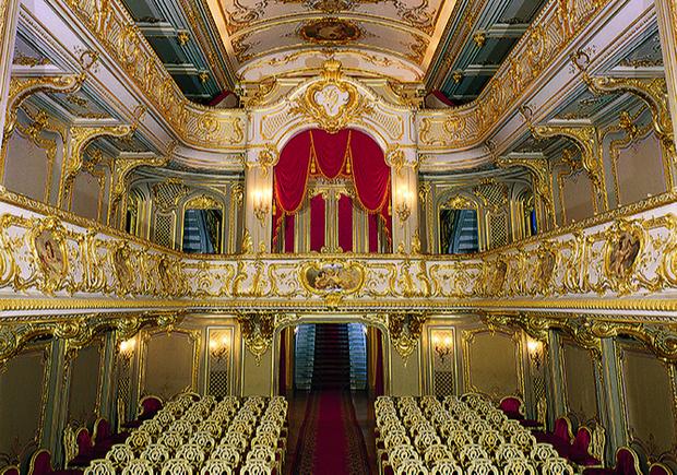 Куда пойти в Санкт-Петербурге на июньских праздниках (фото 11)