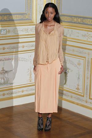 Показ Anne Valerie Hash коллекции сезона Осень-зима 2011-2012 года Haute couture - www.elle.ru - Подиум - фото 276941
