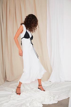 Тренд сезона: нижнее белье на модных подиумах (фото 7)