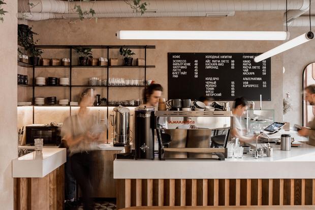 Бежевая кофейня в Одессе (фото 11)