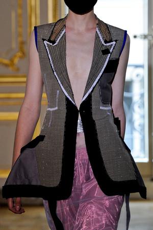Показ Maison Martin Margiela коллекции сезона Осень-зима 2011-2012 года haute couture - www.elle.ru - Подиум - фото 277257