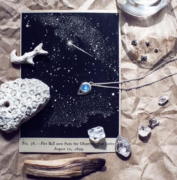 Серебро, янтарь и символы: как купить необычные украшения в Instagram? | галерея [2] фото [4]