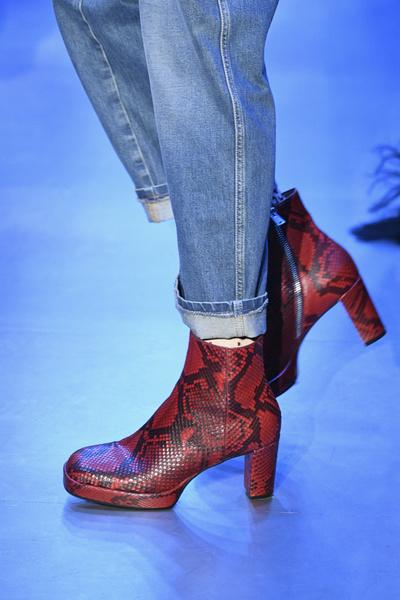 7 модных способов носить деним в этом сезоне (галерея 11, фото 0)