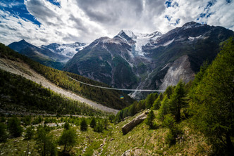 В Швейцарии построили самый длинный пешеходный мост