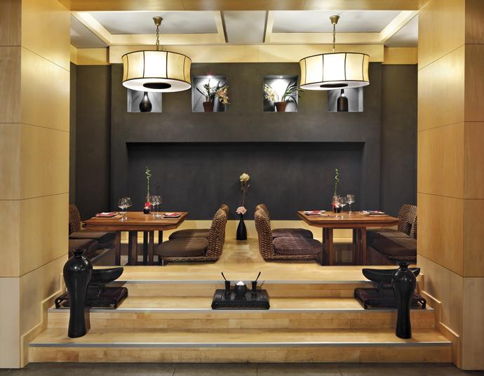 Японский ресторан Teppanyaki Hida отеля Ela Quality Resort