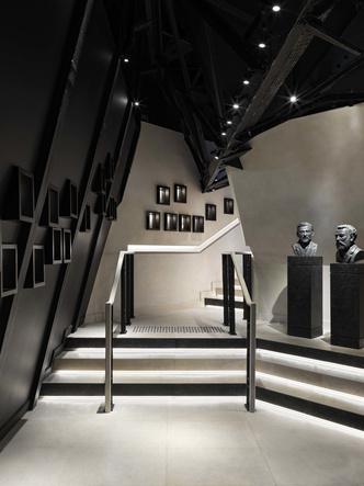 Возвращение легенды: ресторан  Le Jules Vernе на Эйфелевой башне (фото 17.1)