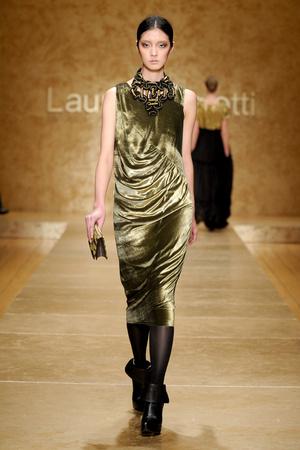 Показ Laura Biagiotti коллекции сезона Осень-зима 2011-2012 года Prêt-à-porter - www.elle.ru - Подиум - фото 246898