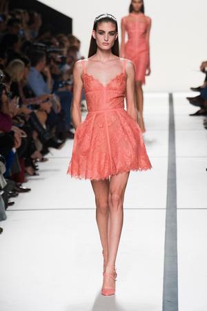 Показы мод Elie Saab Весна-лето 2014 | Подиум на ELLE - Подиум - фото 3688