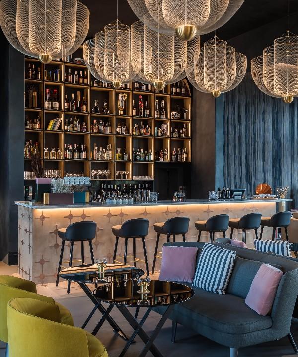 Monograph: дизайн-отель с баром и рестораном в Тбилиси