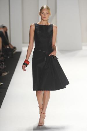 Показы мод Carolina Herrera Весна-лето 2012 | Подиум на ELLE - Подиум - фото 2034
