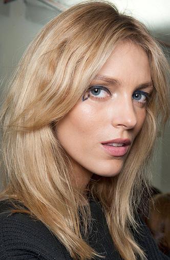 9 трюков с волосами, которые стоит позаимствовать у моделей фото [32]