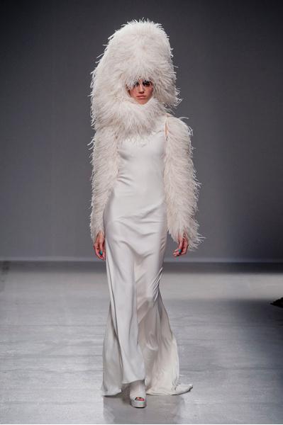 Gareth Pugh представил коллекцию на неделе моды в Париже