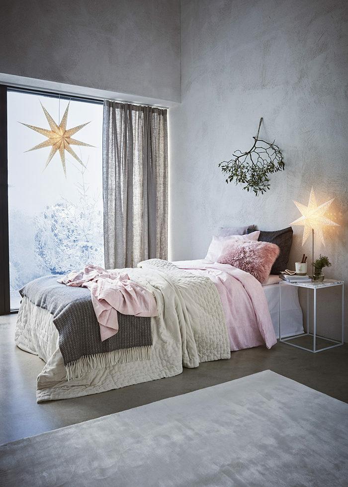 Зима, приходи! Новогоднее настроение в спальне (фото 18)