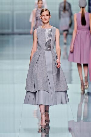Показы мод Christian Dior Осень-зима 2012-2013 | Подиум на ELLE - Подиум - фото 1440
