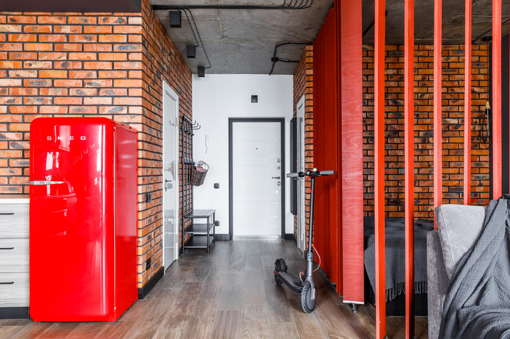 Яркая студия 43 м² в Краснодаре (фото 12)