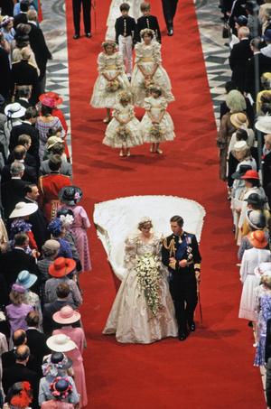 Что наденут дети Кейт Миддлтон и принца Уильяма на свадьбу Меган Маркл и Гарри? (фото 7.2)