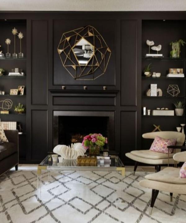 Чем украсить стеллаж в гостиной: шесть идей