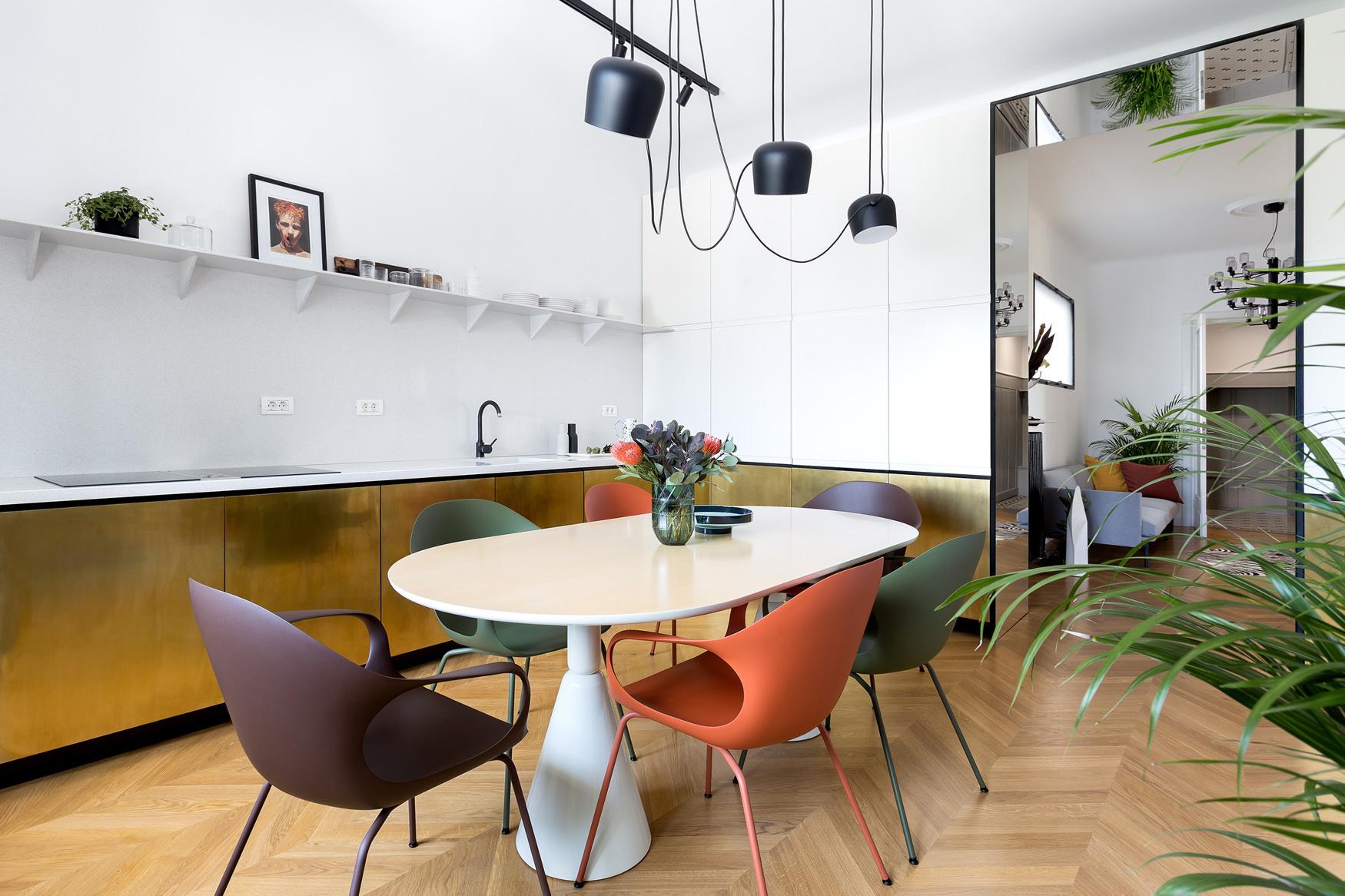 Кухня с блестящими фасадами: 10 примеров (галерея 0, фото 0)