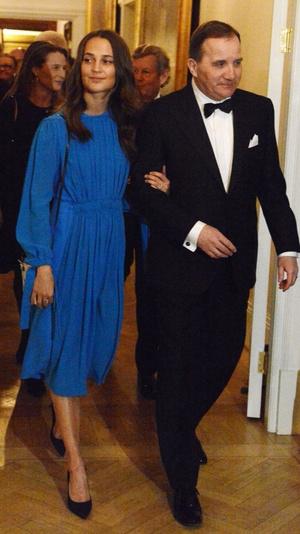 Кейт Миддлтон в платье Erdem на ужине с королевской семьей Швеции (фото 6)