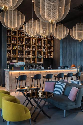 Monograph: дизайн-отель с баром и рестораном в Тбилиси (фото 17.1)