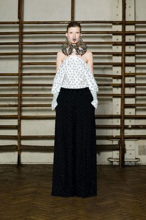 Показ Givenchy коллекции сезона Весна-лето 2012 года Haute couture - www.elle.ru - Подиум - фото 332730