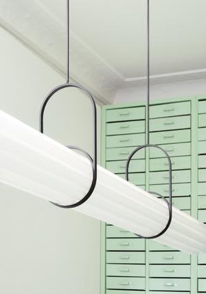 Мятно-зеленая оптика в Берлине по проекту Oskar Kohnen Studio (фото 4.1)