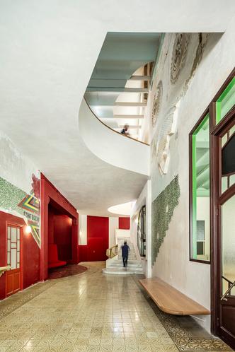 Sala Beckett: театр и ресторан в Барселоне (фото 3.1)