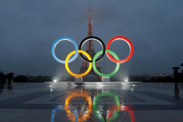 Золотая парижанка: какие страсти разгораются вокруг логотипа Олимпиады-2024 (фото 1)