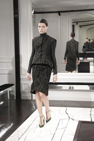 Показы мод Balenciaga Осень-зима 2013-2014 | Подиум на ELLE - Подиум - фото 646