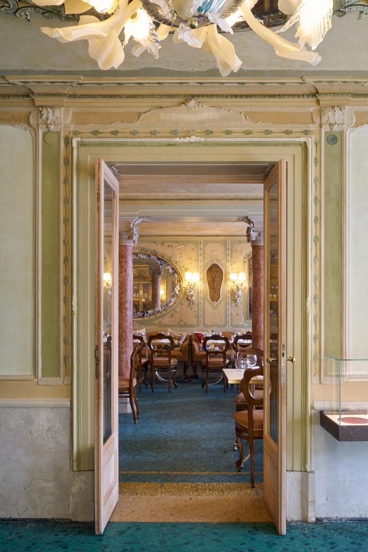 Новый ресторан с интерьером от Филиппа Старка в Венеции (фото 4)