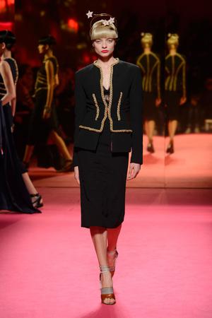 Показ Schiaparelli коллекции сезона Весна-лето 2015 года Haute couture - www.elle.ru - Подиум - фото 592941