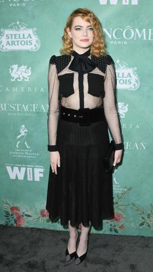 Эмма Стоун в прозрачном платье Givenchy на вечере Women In Film (фото 1.1)