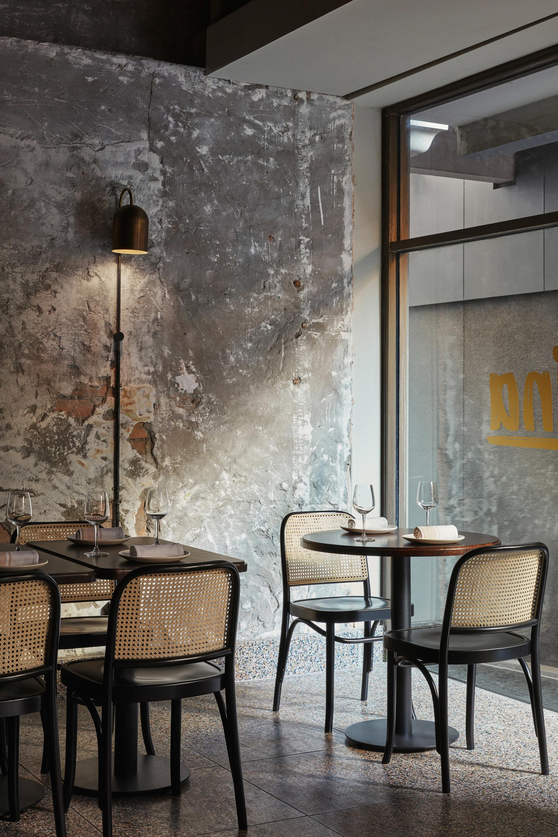 Розовый мрамор и потертый бетон: паста бар в Мельбурне (галерея 7, фото 0)