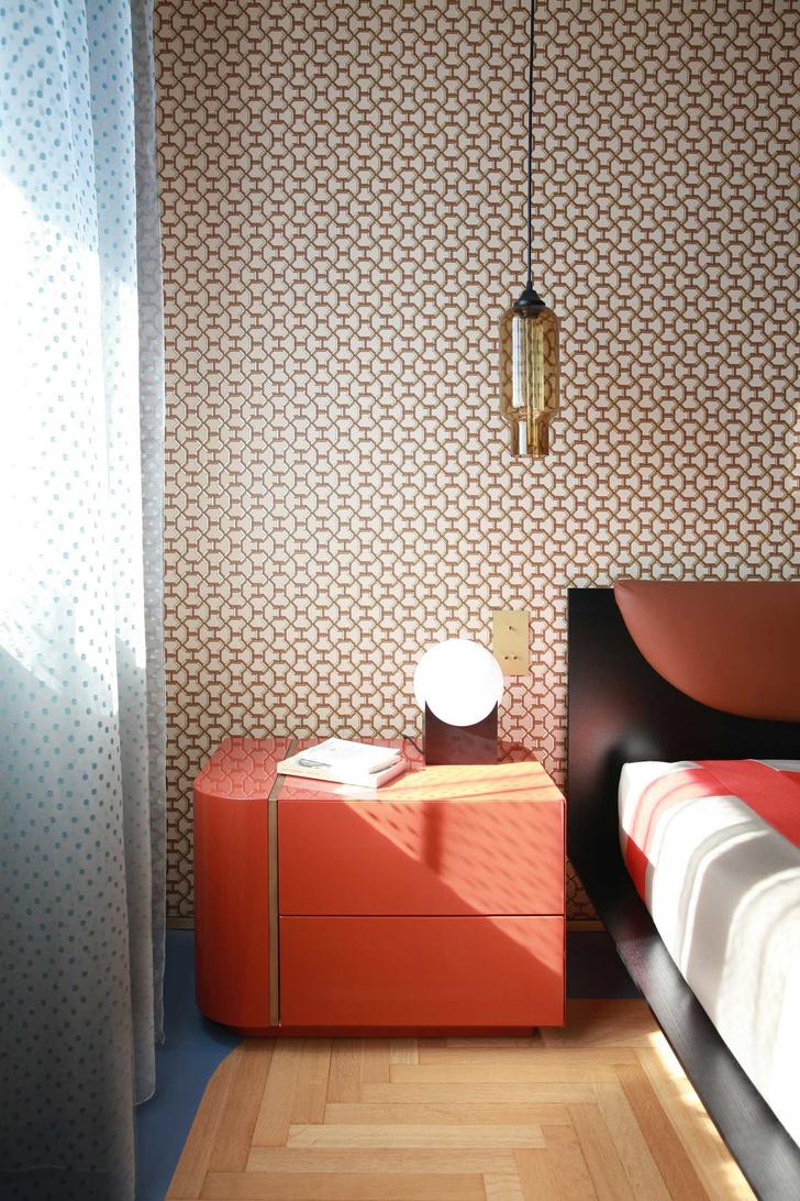Переливы мрамора: необычный интерьер миланской квартиры (фото 12)