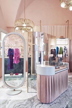 Нежно-розовый бутик по дизайну Кристины Челестино (фото 11.1)