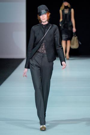 Показы мод Emporio Armani Осень-зима 2011-2012 | Подиум на ELLE - Подиум - фото 2222