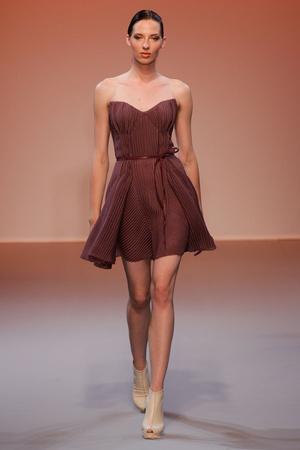 Показ Lefranc Ferrant коллекции сезона Осень-зима 2010-2011 года haute couture - www.elle.ru - Подиум - фото 168012