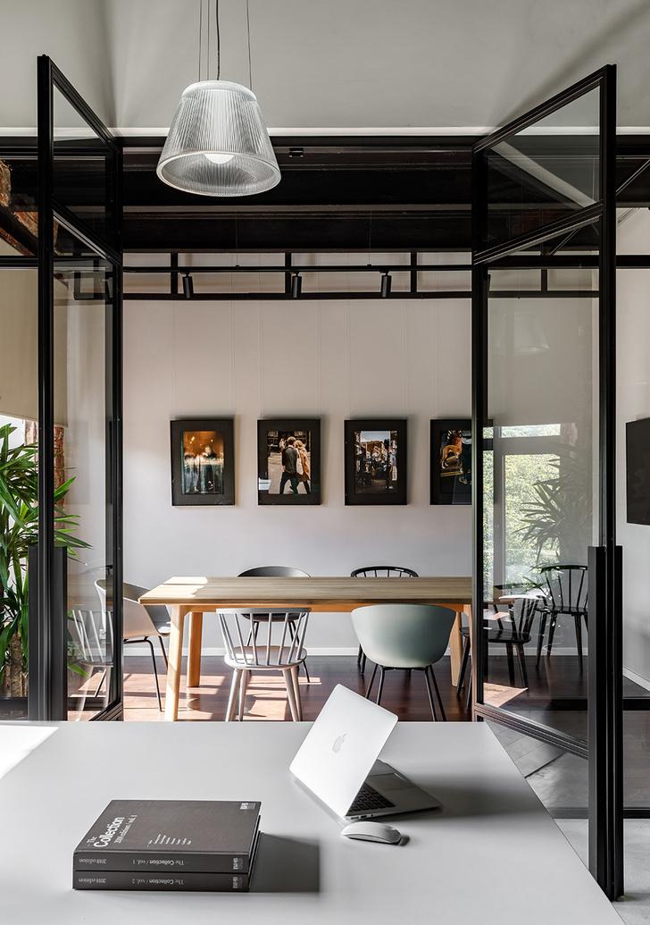 Атмосферный офис дизайн-студии Aiya Design в Москве (фото 9)