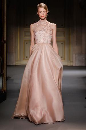 Показ Georges Hobeika коллекции сезона Весна-лето 2013 года Haute couture - www.elle.ru - Подиум - фото 477528
