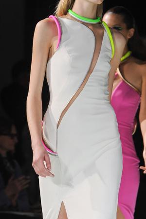 Показ Atelier Versace коллекции сезона Весна-лето 2013 года haute couture - www.elle.ru - Подиум - фото 477418
