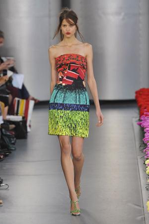 Показы мод Mary Katrantzou Весна-лето 2012 | Подиум на ELLE - Подиум - фото 1928